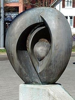 Ovum XI (1991) Strassenbahn-Endstation Aesch, Basel-Land. Von Ernst Friedli (1935) Maler, Bildhauer
