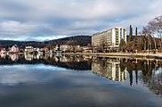 Pörtschach Johannes-Brahms-Promenade mit Parkhotel 10012018 2245.jpg