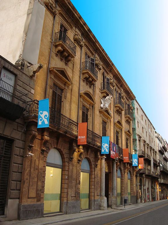 Façade du Palazzo Belmonte Riso, musée d'art contemporain à Palerme.
