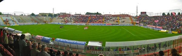 lossy-page1-600px-Panorama_Stadio_Romeo_