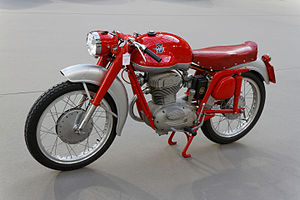 Paris - Bonhams 2014 - MV Agusta 175 CS Disco Volante - 1955 - 003.jpg