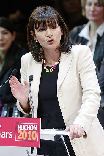 English: Anne Hidalgo at a Socialist Party's r...