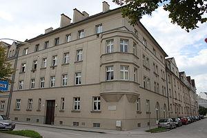 Paul Johannes Schlesinger - Residential building in Wiener Neustadt named after Schlesinger