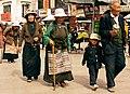 People of Tibet (39941205765).jpg