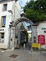 Place Carnot, Beaune - Passage Saint-Hélène (35447161932).jpg