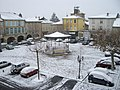 Place d'Astarac sous la neige (Mirande, Gers, France).JPG