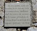 Plaque Thibaut pompier à Pérouges.JPG