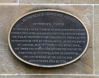 Rutherglen Castle - Plaque on a tenement built on the approximate location of the castle