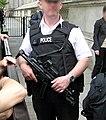 Police.gun.1.london.arp.jpg