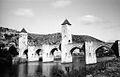 Pont Valentré, Cahors, France (7920656342).jpg