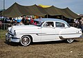 Pontiac Chieftain sedan 1953.jpg