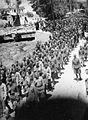 Povorka na partizanski pogreb, 1945.jpg