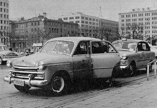 Prince Sedan AISH-I taxi cabs in 1952
