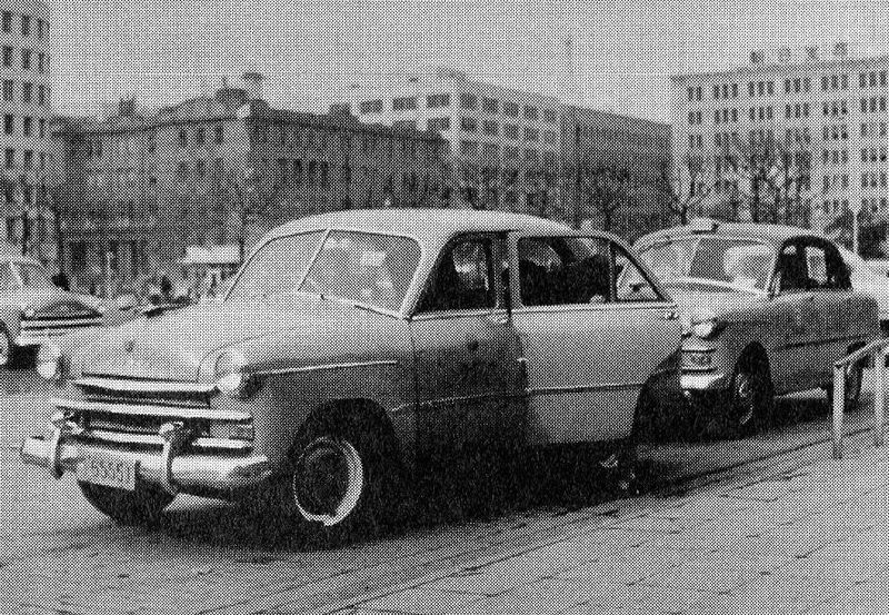 File:Prince Sedan AISH-I taxi cabs in 1952.jpg