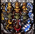 Providenzkirche Kirchenfenster Chor rechts Wappen.JPG