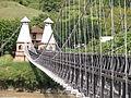 Puente de Occidente sobre el río Cauca.JPG