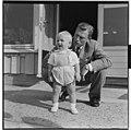Ragnhild, Erling og lille Haakon (Lorentzen), Fornebu - L0060 916Fo30141701170066.jpg