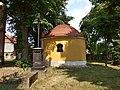 Rataje (KM), hřbitovní kaple (2).JPG
