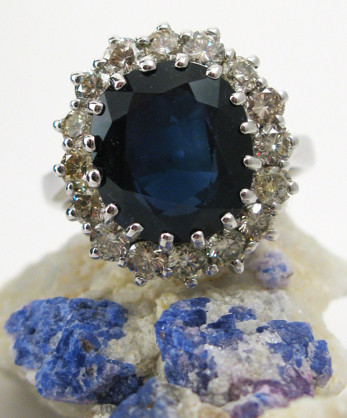 Engagement Ring Of Lady Diana Spencer Wikipedia