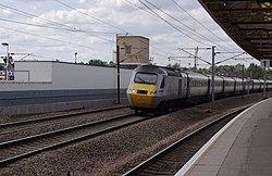 Retford railway station MMB 10 43309.jpg