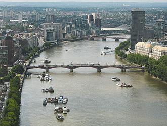 Lambeth Bridge - Image: River Thames and Lambeth Bridge 7July 2007