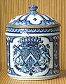 Rouen porcelain mustard cup end of the 17th century arms of Asselin de Villequiers.jpg