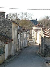 Rued'Aulnay à Dampierre.JPG