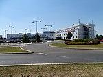 Ruzyně, K letišti, hotel Ramada a terminál 3.jpg