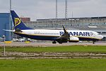 Ryanair, EI-DCM, Boeing 737-8AS (29790562162).jpg
