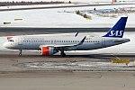 SAS, SE-ROB, Airbus A320-251N (41165079491).jpg