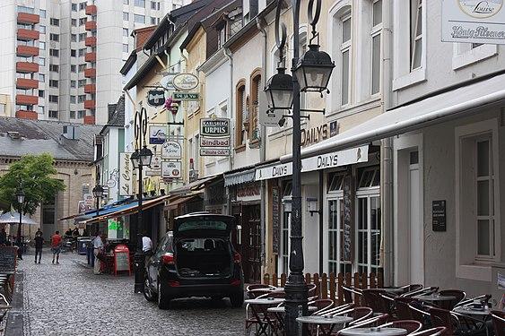 "Saarlouis, a raw of houses on the street ""Sonnenstraße"", image 2.JPG"
