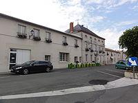 Saint-Georges-lès-Baillargeaux (vienne) école-mairie.JPG