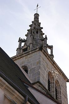 Saint-sernin-du-plain clocher.JPG