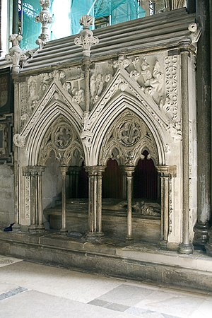 Giles of Bridport - Giles' tomb in Salisbury Cathedral