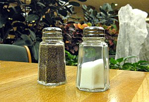 Salt and pepper - A pair of pepper and salt pots
