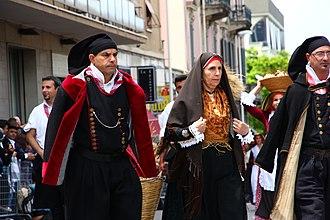 Sulcis - Santadi, traditional costume