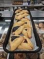Shalom Kosher interior bakery 09.jpg