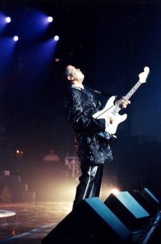 Sheldon Reynolds (guitarist) - Image: Sheldonreynolds 20002