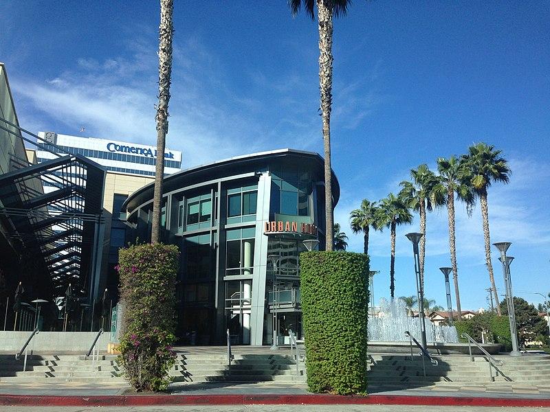 File:Sherman Oaks, Los Angeles, CA, USA - panoramio (174).jpg