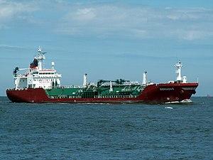 Sigmagas p1 approaching Port of Rotterdam, Holland 08-Jul-2006.jpg
