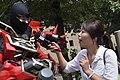 Sinanju cosplayer and Next TV journalist at FF18 20110730.jpg