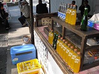 http://commons.wikimedia.org/wiki/File:Soft_drink_stand_by_maaco_in_Mishima_Taisha,_Shizuoka.jpg