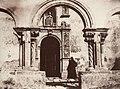 Sommer, Giorgio - Eingang zu den Katakomben von Siracusa (Zeno Fotografie).jpg