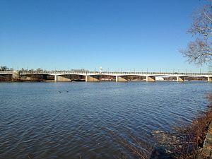 John Philip Sousa Bridge - The Sousa Bridge from the south in 2015