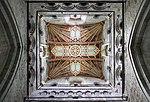 St David's Cathedral Interior 1 (35525329856).jpg