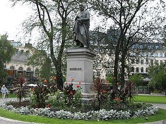 Berzelii Park - Statue of Berzelius in the centre of Berzelii Park