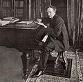 Strauss at piano 1902.jpg