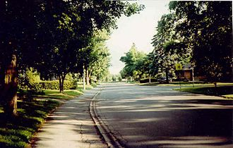 Riverview, Ottawa - A suburban street in Riverview