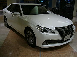 TOYOTA CROWN S210 Royal 01.JPG