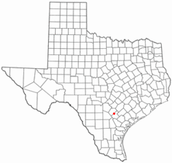 Location of Falls City, Texas